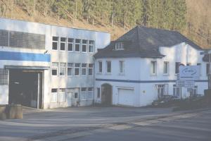 Firmen-Foto-Bearbeitet (Large)
